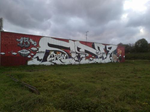 photo graffiti Ezanville 95